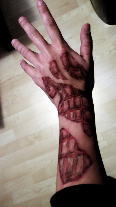 Фото тату с изображением скелета руки