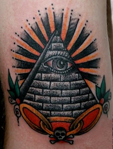 Тату пирамида значение тату на голени