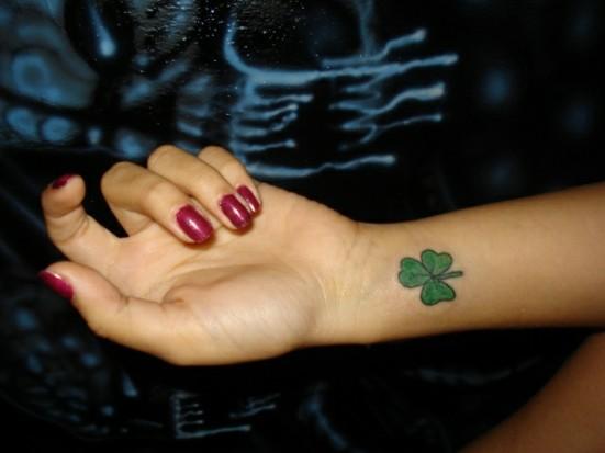 Татуировки клевер трехлистный